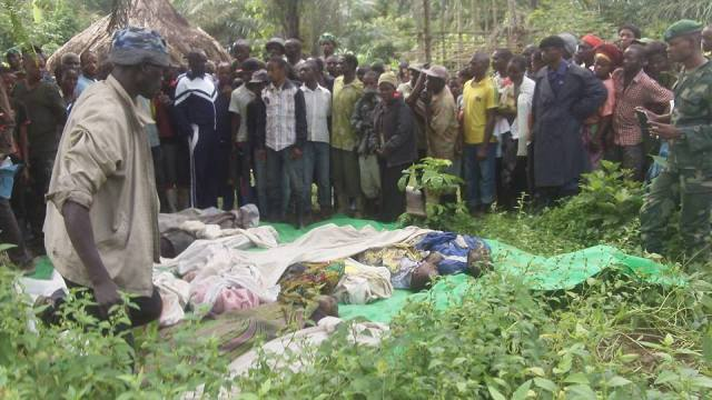 31 personnes tués par les hommes armés assimilés aux Adf au quartier Ngadi aux environs de 19 heures le mercredi, 15 octobre 2014,   dans la commune de Mulekera sur l'axe routier Beni – Mavivi à quelques kilomètres du centre ville de Beni. Crédit photo /La Voie de l'Amérique